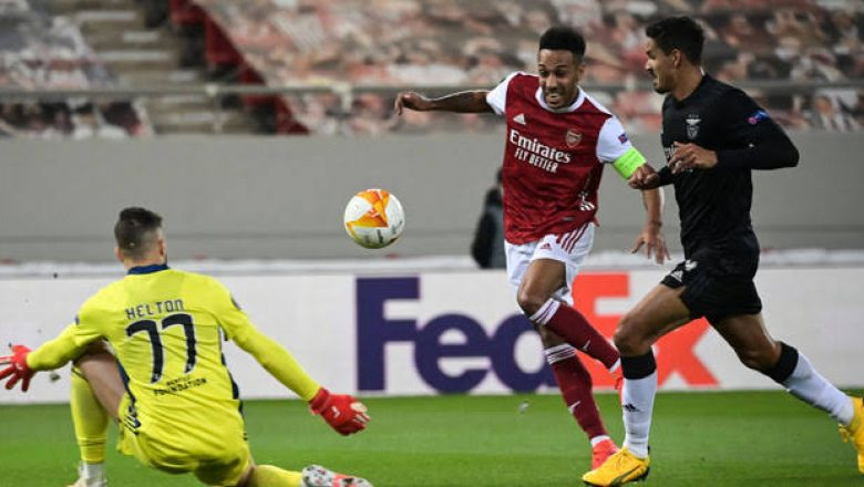Aubameyang's Brace Sends Arsenal Into Europa League Last 16