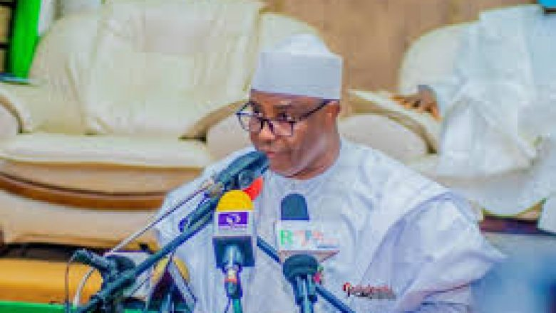 Tambuwal Leads Governors To Resolve PDP Crisis In Cross River